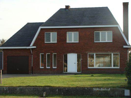 Huis te koop : Noord-Brabantlaan 82, 2300 Turnhout op Realo