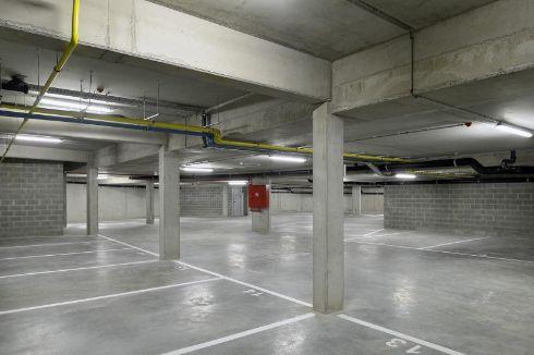 Parking ou garage vendre woluwe saint tienne 1932 for Garage saint etienne
