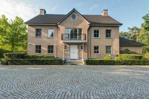 Huis te koop in hoevenen 2940 vind het op realo for Huizen te koop belgie