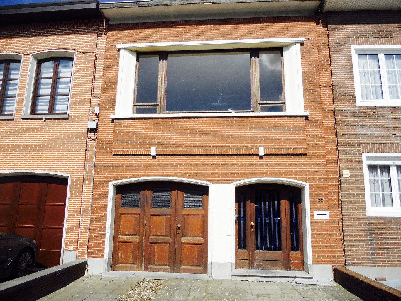 Huis te koop kanunnik peetersstraat 155 2600 berchem for Antwerpen huis te koop