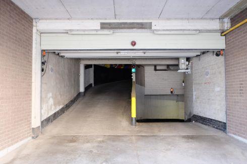 Garage Te Koop : Parkeerplaats of garage te koop in oostende vind het op realo