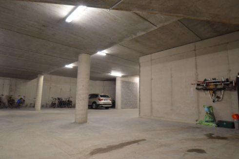 Parking ou garage louer bredene 8450 trouvez le sur for Garage a louer 93